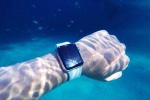Apple Watch沉落湖底的故事 300x200 - 一只Apple Watch沉落湖底的故事