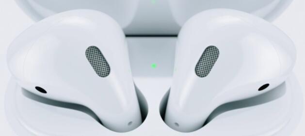 充电盒查看AirPods电量 - 特朗普施压库克 要求苹果把中国工厂搬回美国